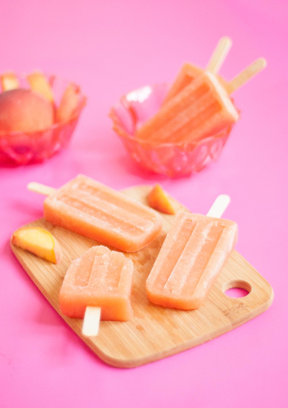 Peach rosé popsicles | frecklandfair.com