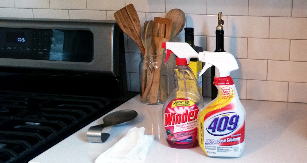 JZID-Behind the scenes-Kitchen-Photo Shoot_Cleaning.jpg
