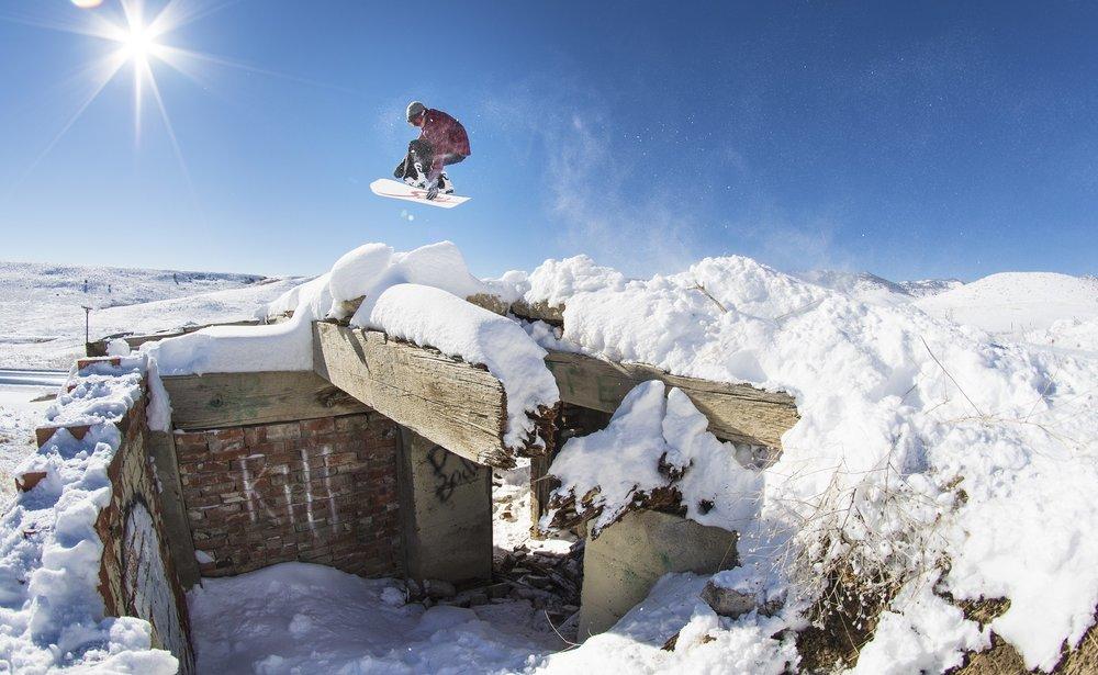 Phillip McKenzie snowboarding photography in Colorado