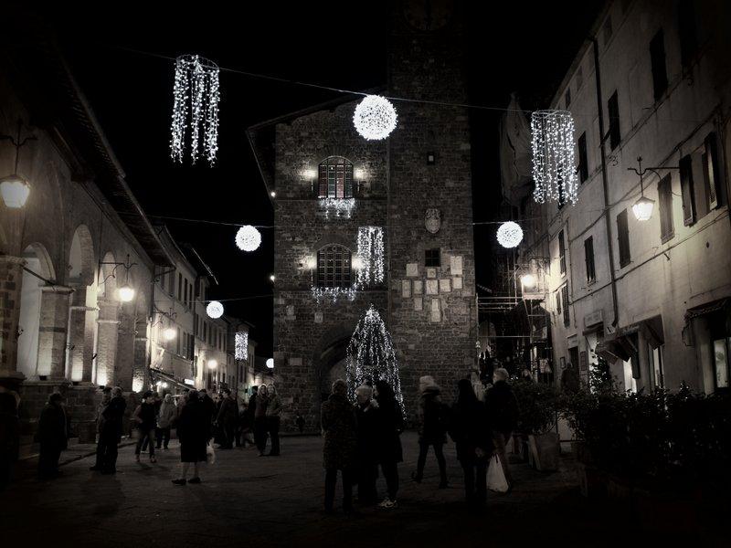 Piazza de Popolo on Christmas Eve