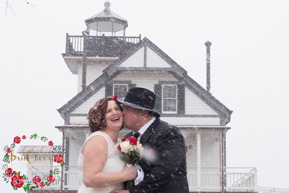 Winter Wedding with Brii Cher'ri Photography at Edenton Lighthouse & Waterfront in Edenton North Carolina.