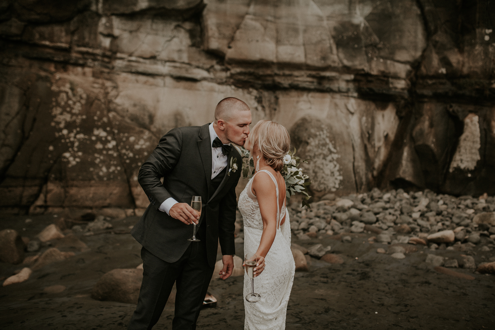 Catherine and samuel: muriwai wedding photographer