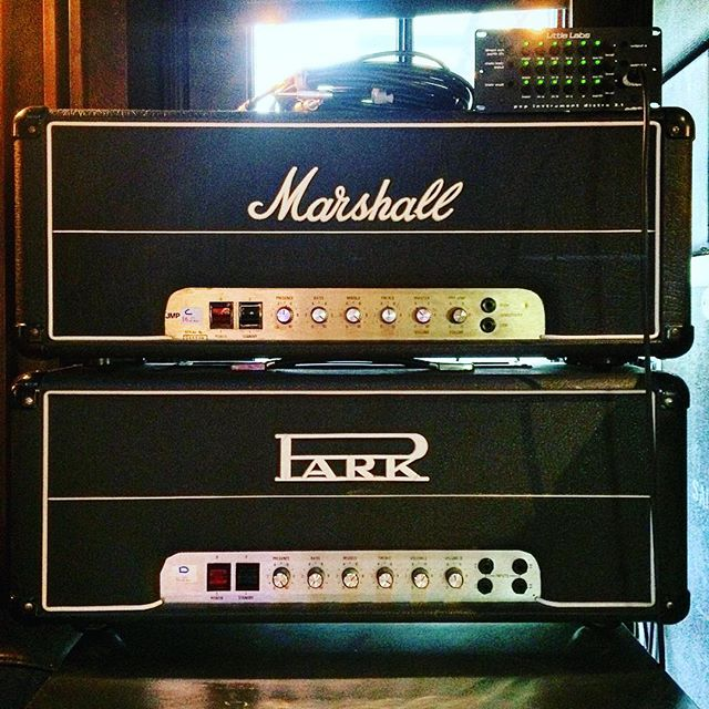 Hello Guv'nors!! Can you ever have to many plexi's?? #marshalljmp #parkamplifiers #vintageamps #tubeamps #marshall #tonechaser #50watts #100watts #guitaroverdubs #studiolife #guvnor #pistoleroguitarworks #pistoleroguitars