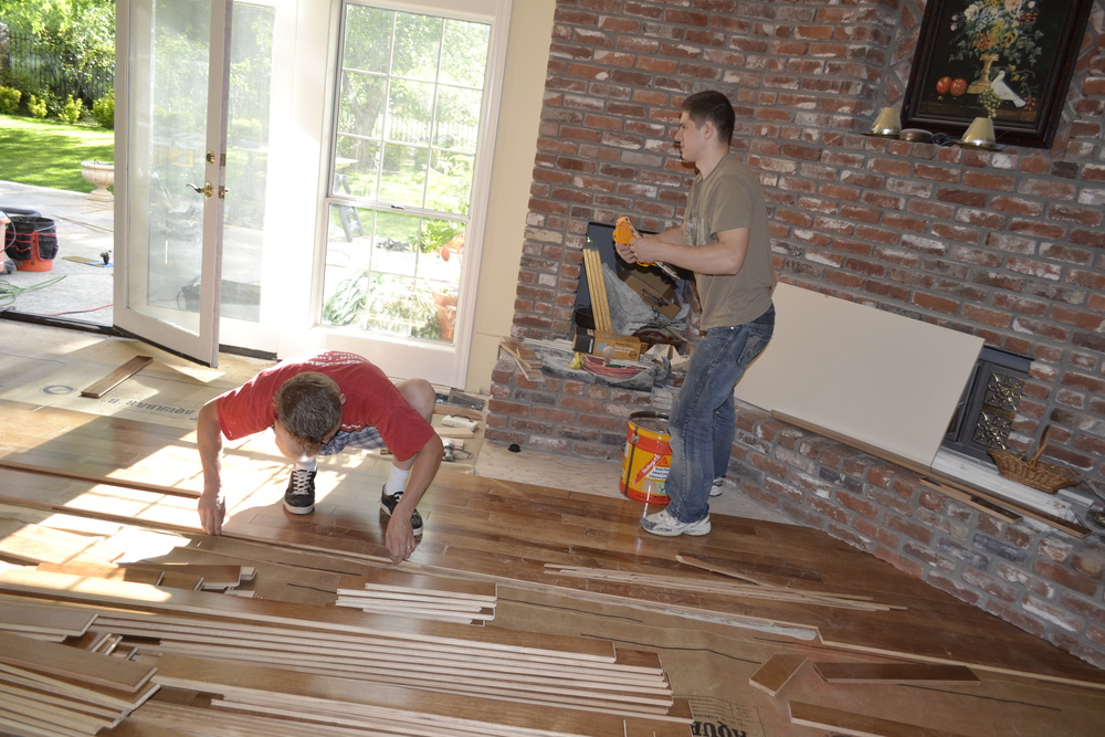 West Coast Flooring  West Coast Flooring Is a flooring contractor that specialized in flooring business. The Contractor himself has  over fifteen years  experience in the field. He installs hardwood, laminate, tile, and other flooring material.   CA Ln # 911954