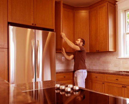Maxton  Our contractor, Maxton, is a highly professional installer that loves his job and does his work with integrity. He installs kitchen, vanity and storage room cabinets, as well as granite counter tops.   CA Ln # 974260