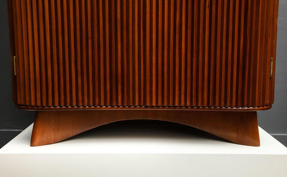 Borsani Pleated Cabinet 9.jpg