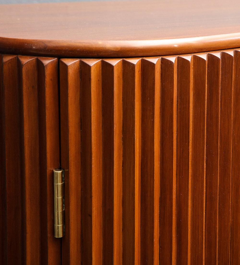 Borsani Pleated Cabinet 10.jpg