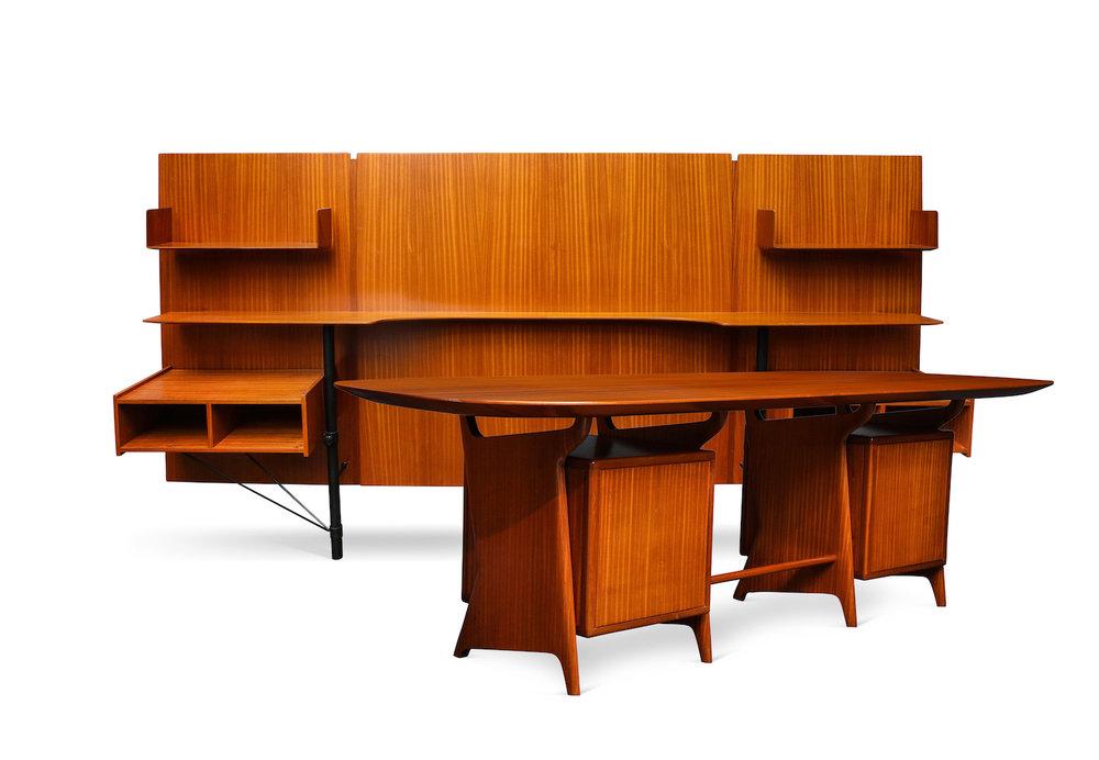 Ponti Desk & Panel 4.jpg