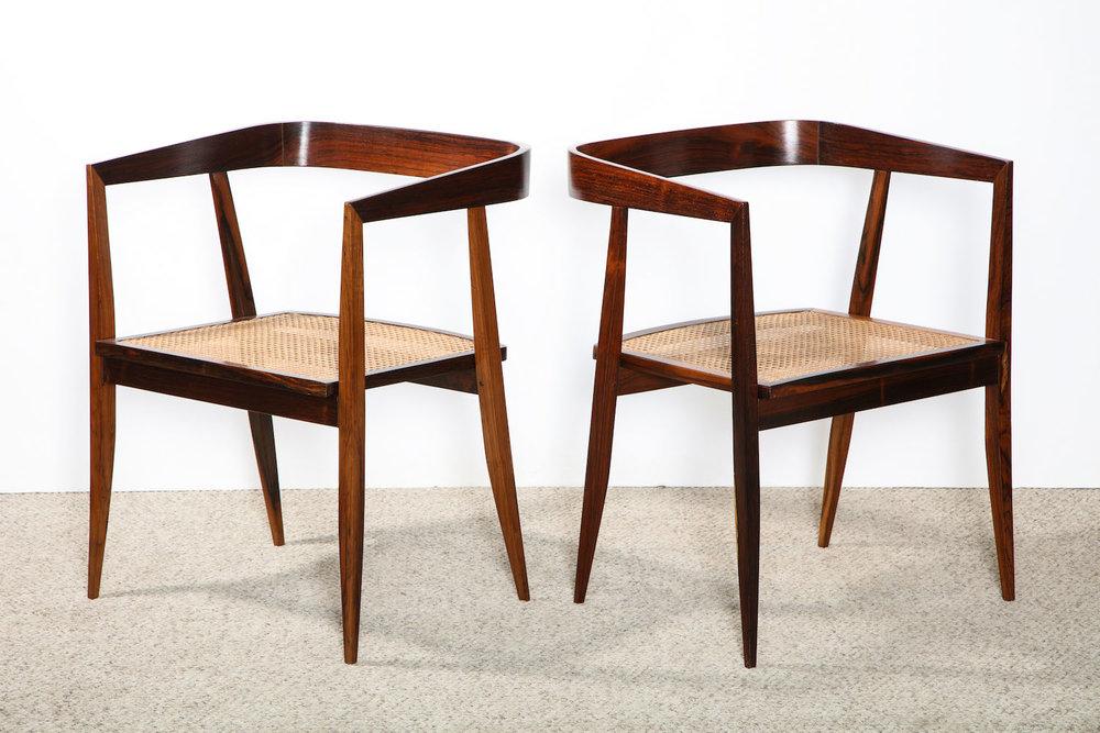 Tenriero Dining Chair 2.jpg