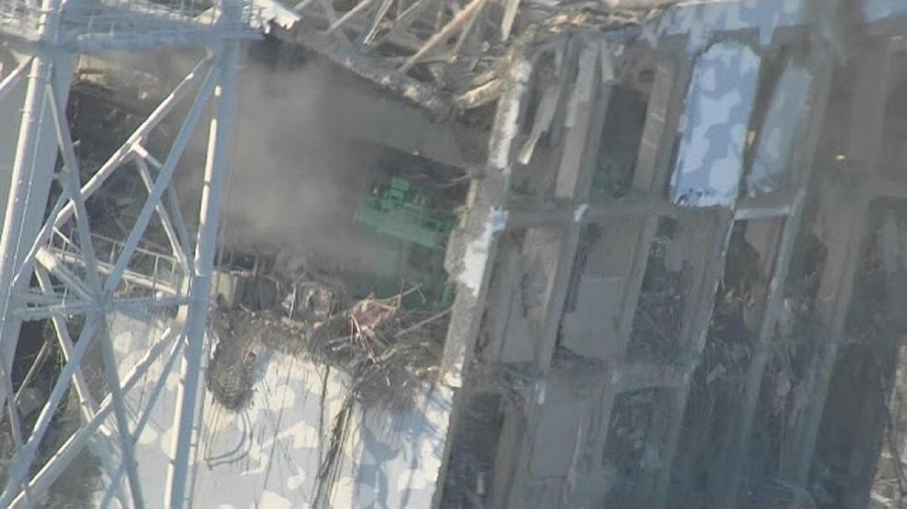 fukushimareactor4photo-3-16-11.JPG