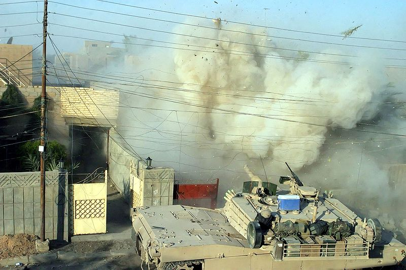 1aaa 800px-Fallujah_2004_M1A1_Abrams.jpg