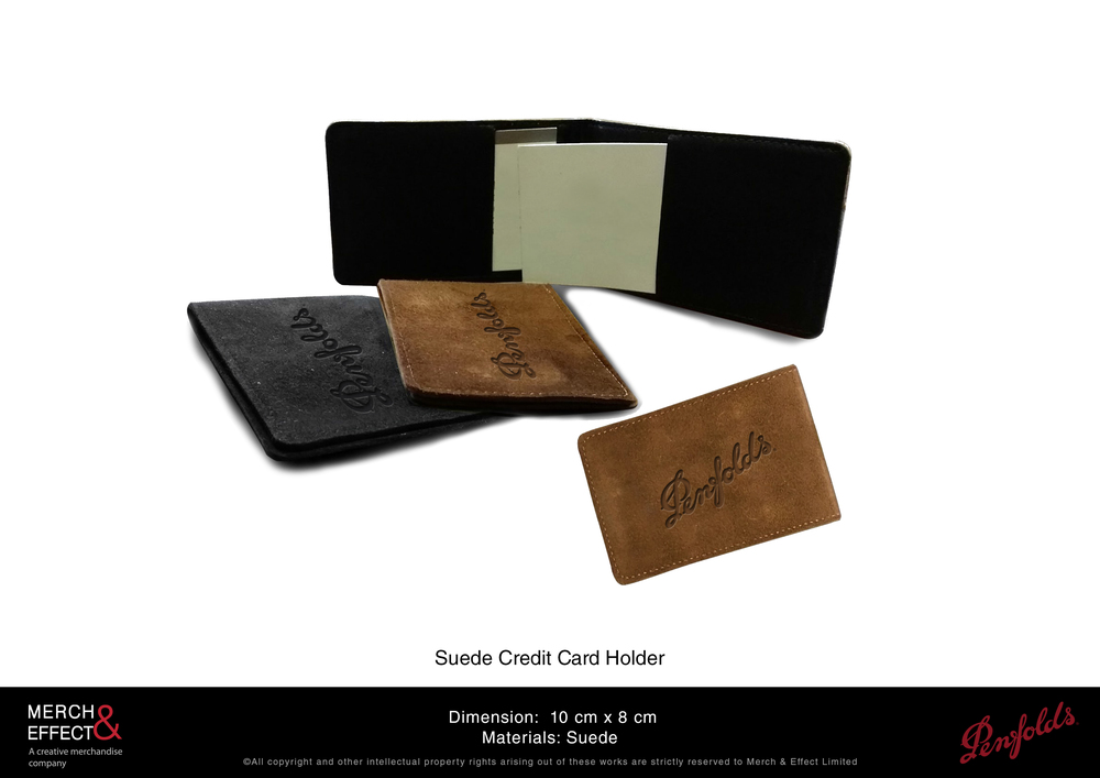This suede credit card holder comes in two colors, one in brown and one in black. The Penfoldslogo is debossed on the front flap and is finely stitched for a refined finish. It has two slots that can store your cards and notes.