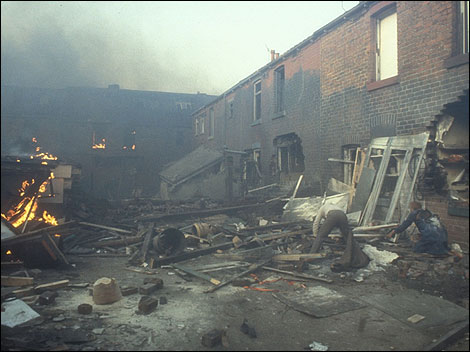 A scene from Threads: A Sheffield street after the attack. Picture courtesy of the BBC.