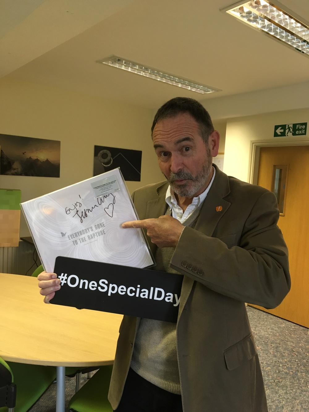 SpecialEffect's Dr. Mick Donegan and the prized signed vinyl!