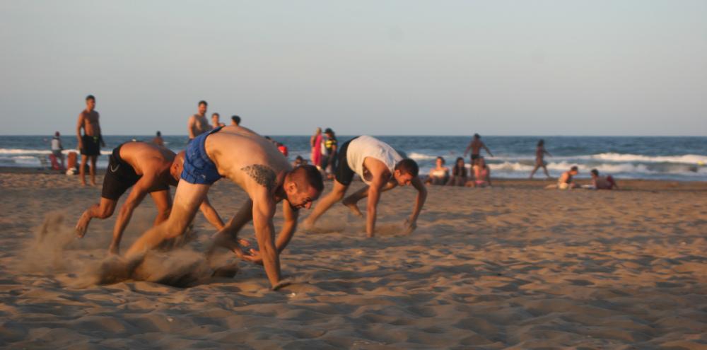 Full_CrossFit_Beach_Wod_V2_2015-3.jpg