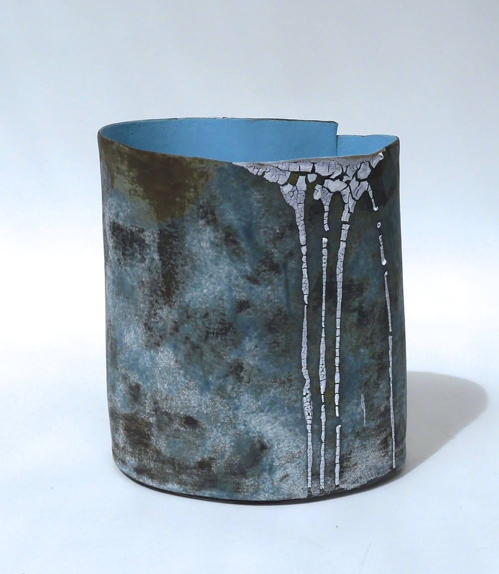 FAVELA VESSEL (Blue) H. 16.5cm.jpg
