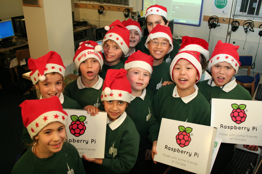 St Saviours Christmas Caper Code Club L.JPG