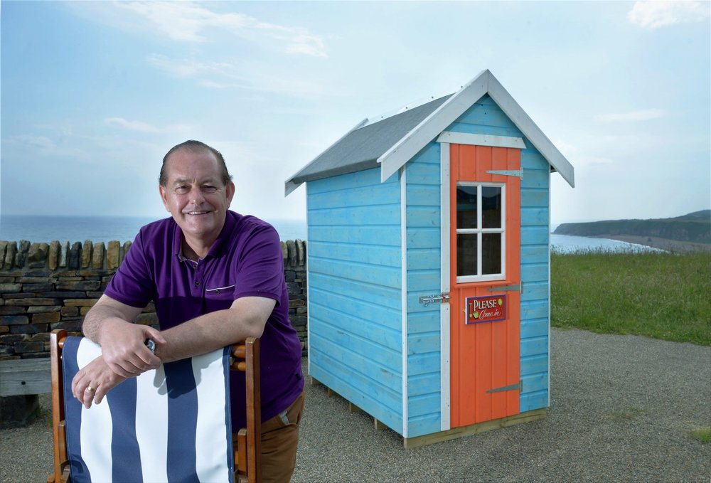 Martyn Ware and shed (Large).jpg