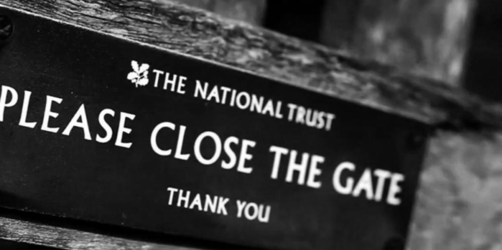 National-Trust-signpost.jpg