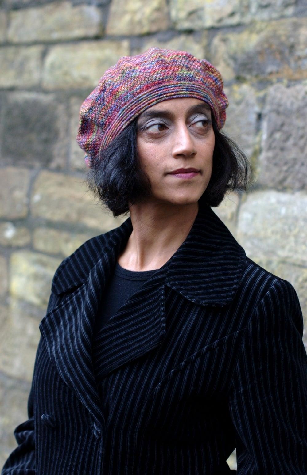 Bedragonned beret knitting pattern