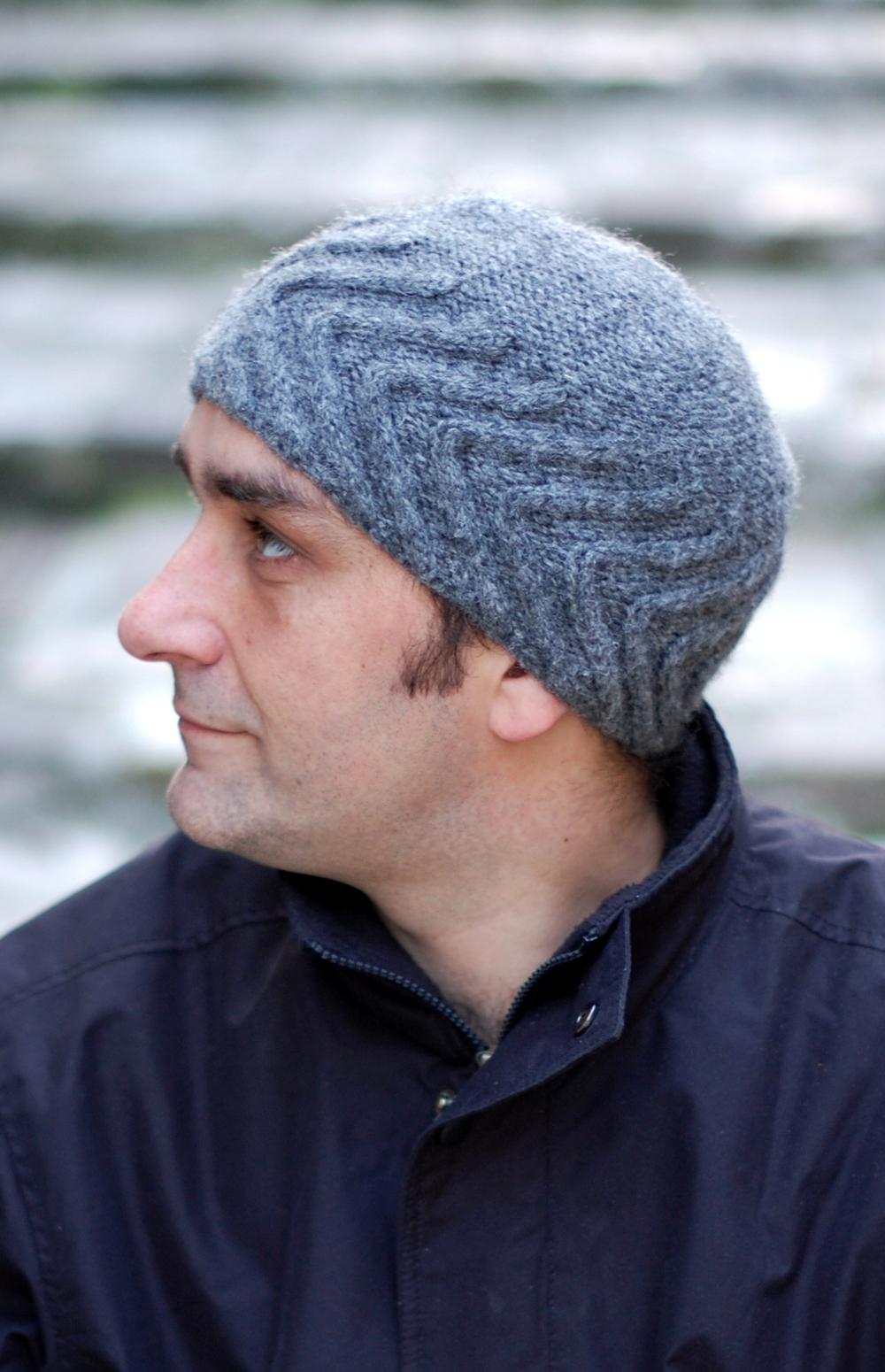 Chevron beanie knitting pattern