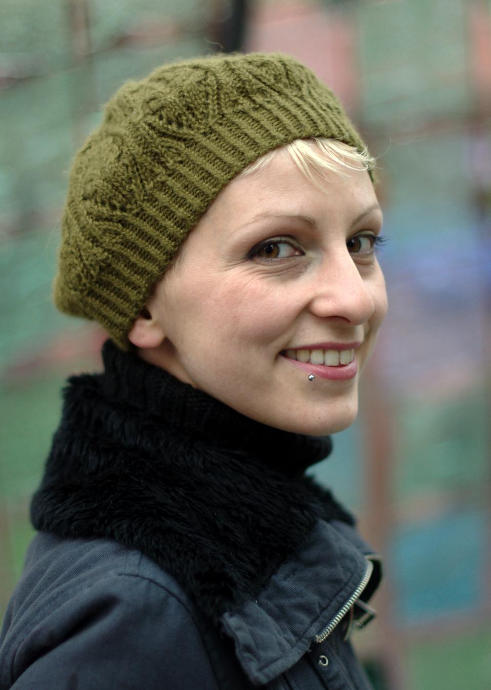 Corella tam knitting pattern