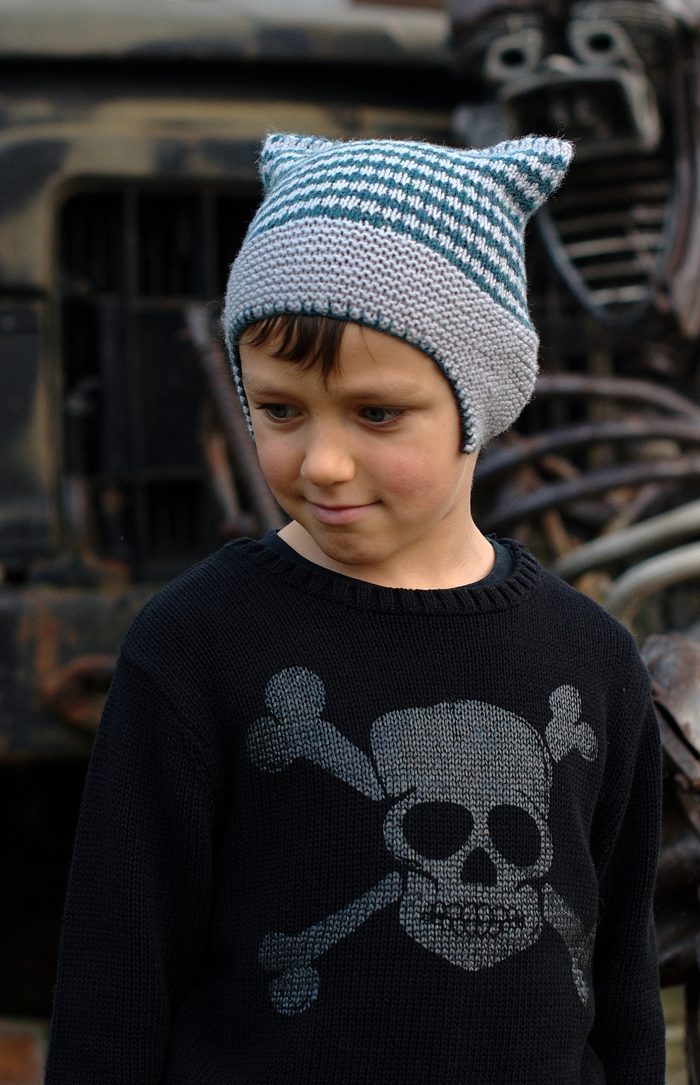 Pinion skater style chullo Hat knitting pattern