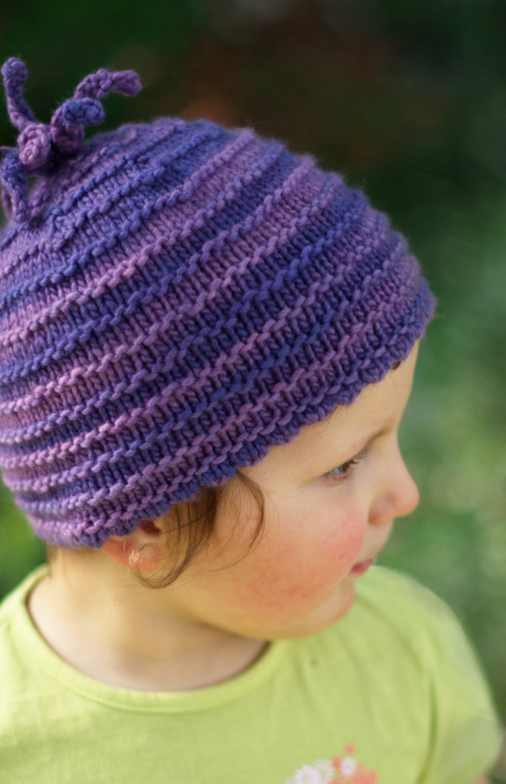 Pootle beanie Hat knitting pattern