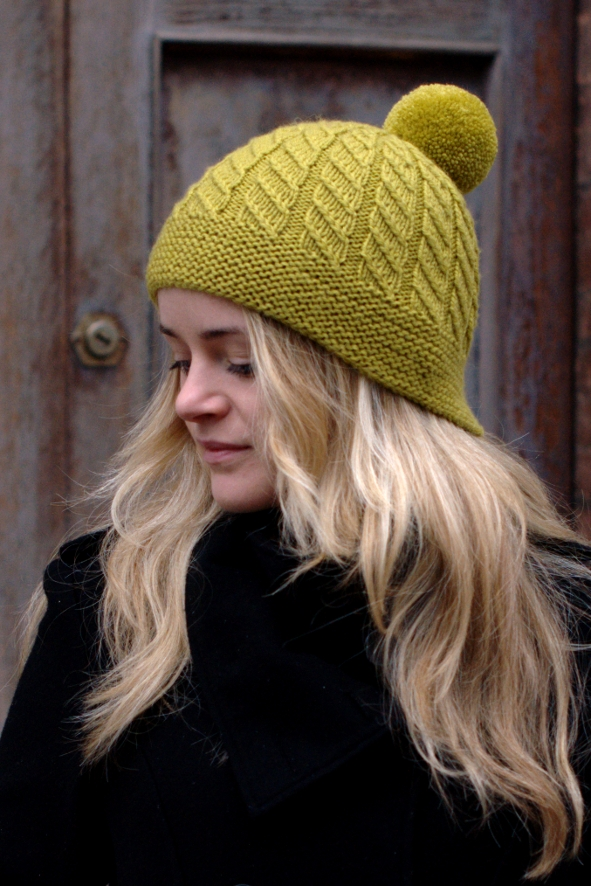 Skelter split brim pompom Hat knitting pattern for worsted — Woolly ...