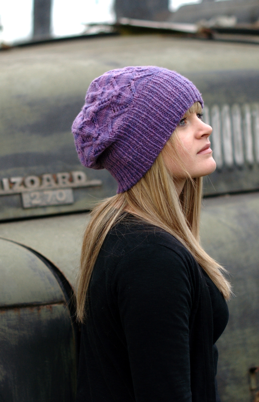 Starburst slouchy lace Hat knitting pattern