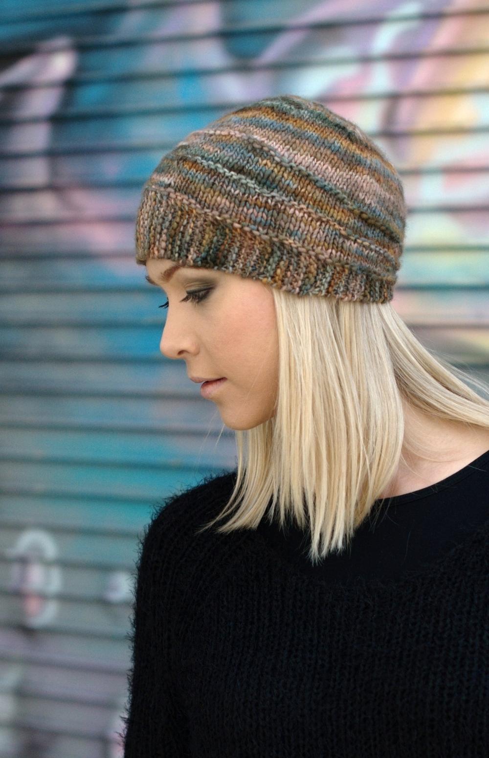Quoin cloche Hat knitting pattern for variegated yarns