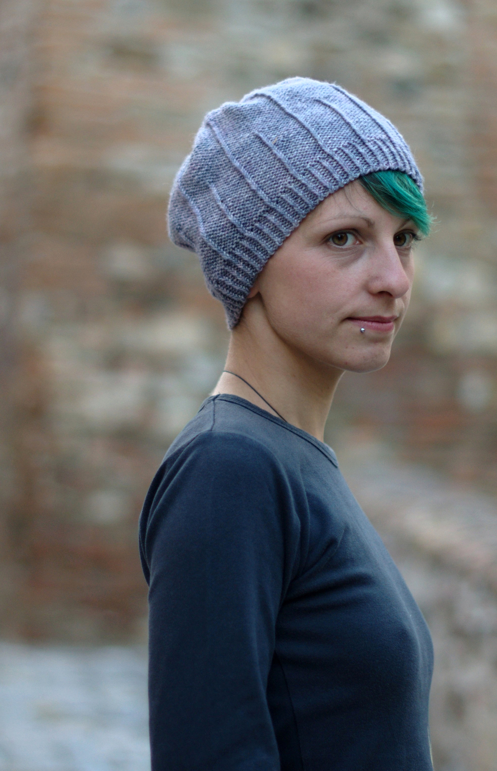 Alternato textured slouchy Hat pattern