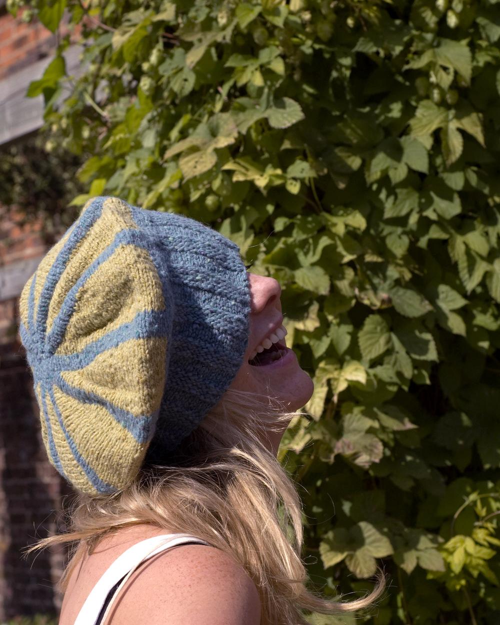Carousel sideways knit striped beret pattern