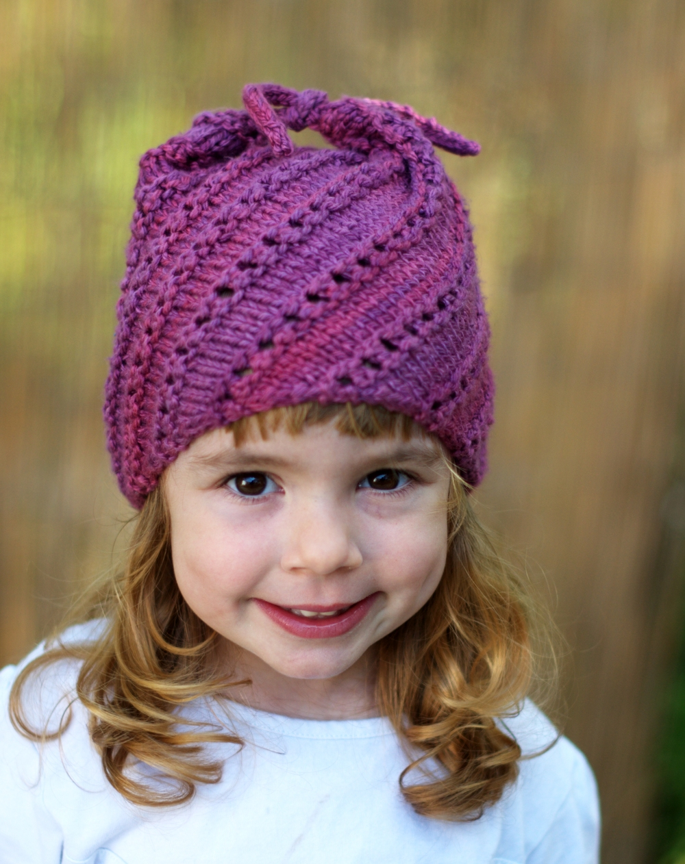 Moochie sideways knit childs Hat knitting pattern
