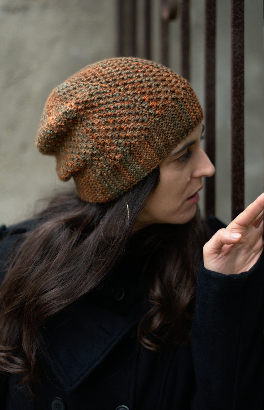 Muratura slouchy sideways knit Hat knitting pattern