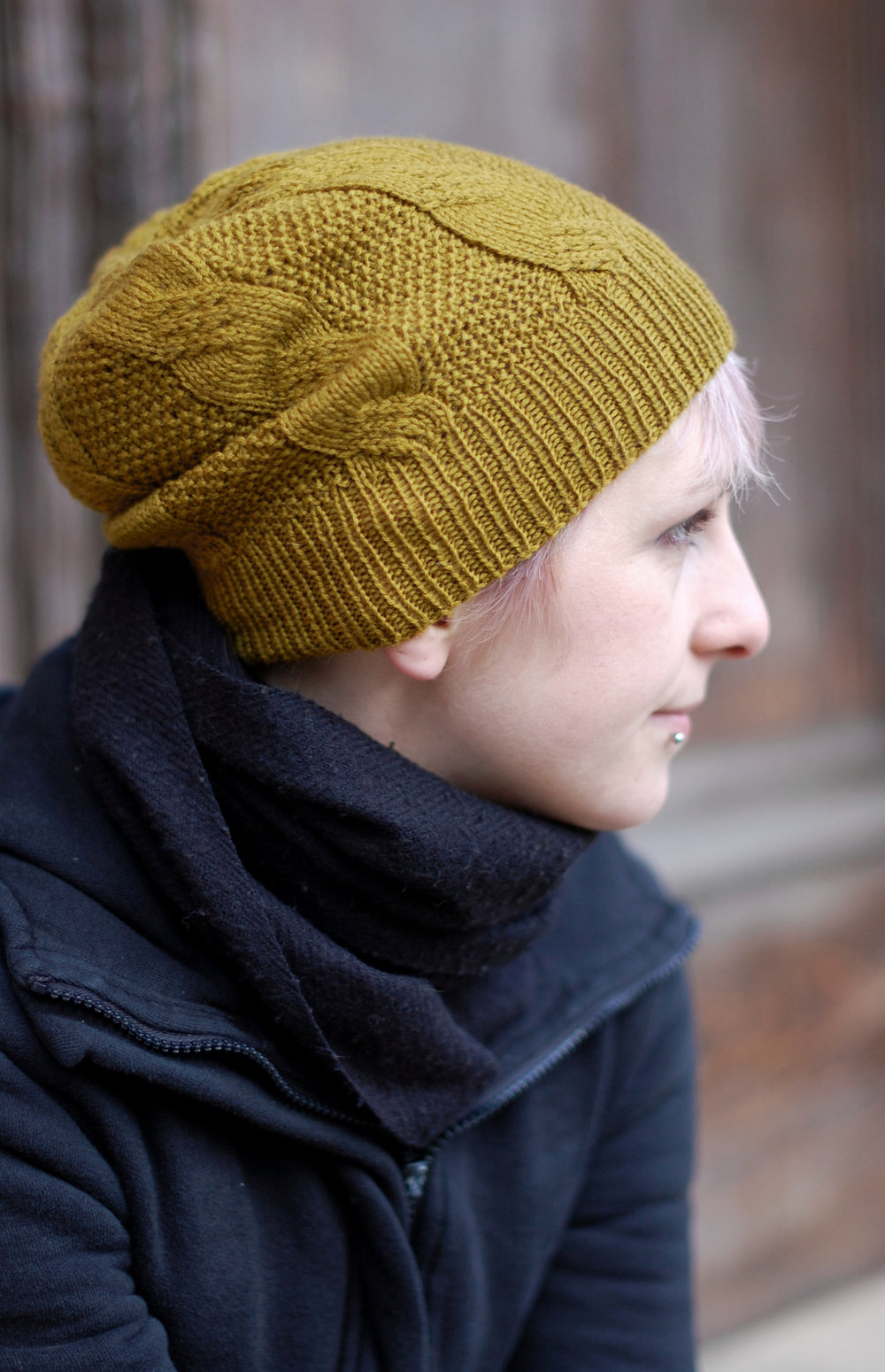 Slable slouchy cabled Hat hand knitting pattern