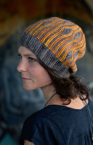 Korra sideways knit short row colourwork pattern