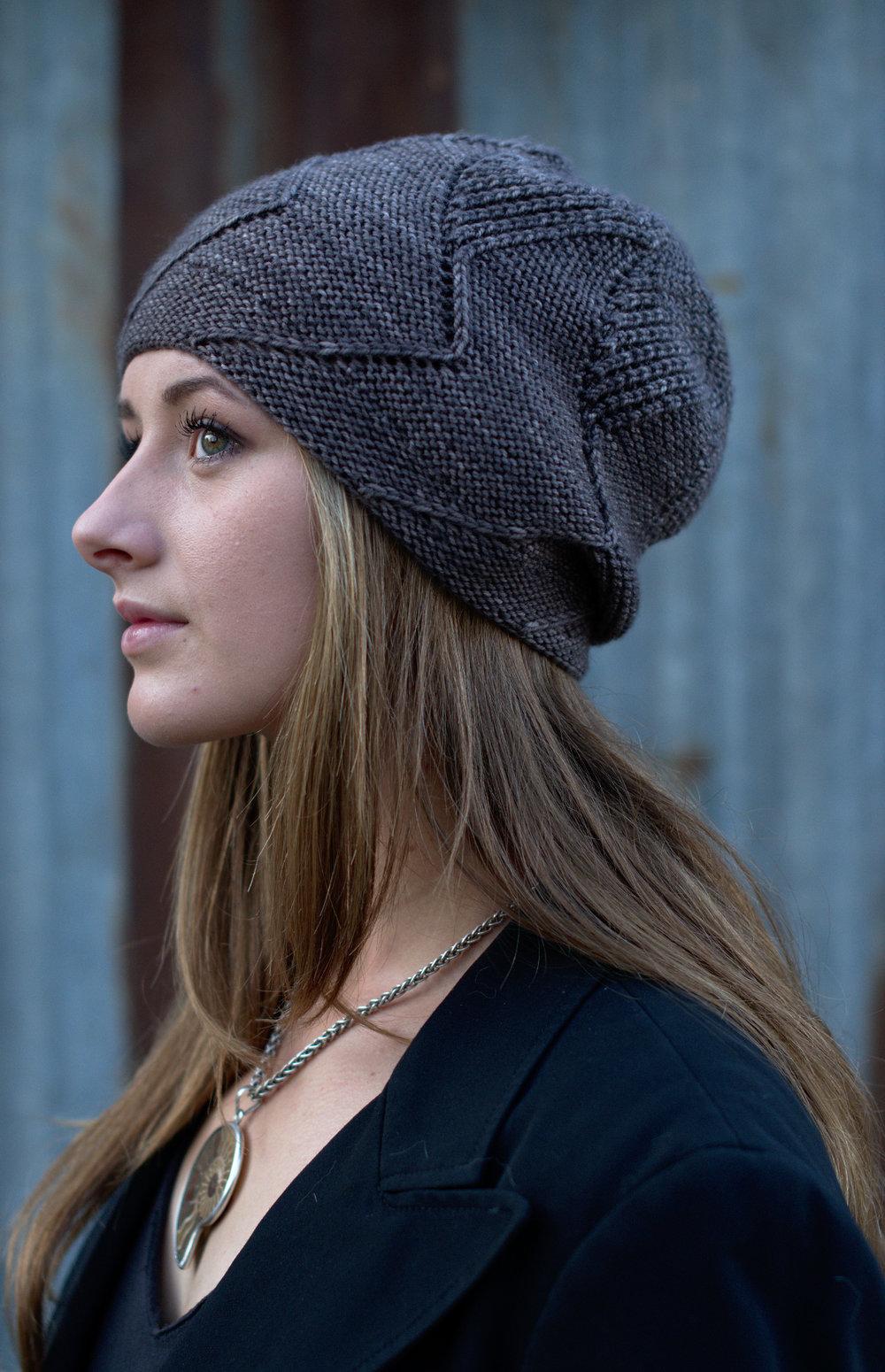 Sette Vele slouchy Hat hand knitting pattern