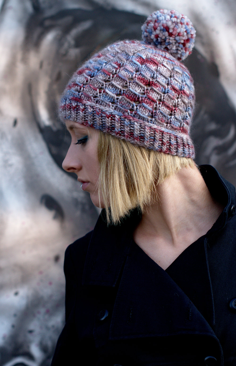 Laccio beanie hand knitting pattern for aran weight yarn