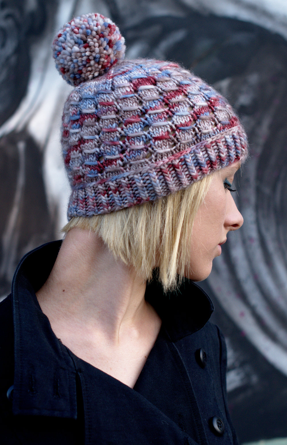 Laccio hand knit beanie hat pattern for aran weight yarn