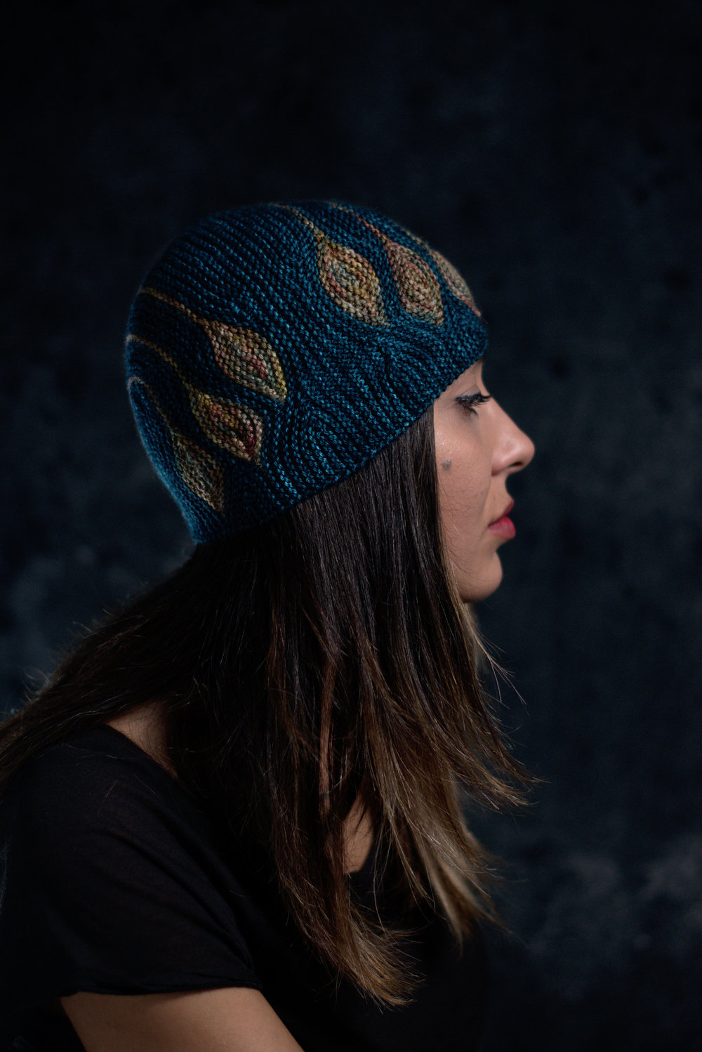 Chiral sideways knit short row colourwork hat knitting pattern