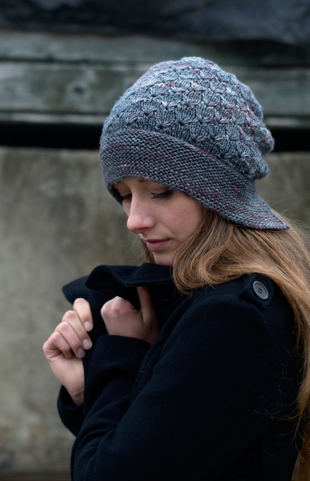 Lifted slouchy bonnet hat hand knitting pattern
