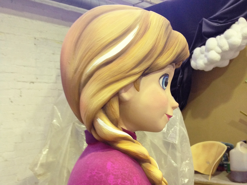 Propability-_Creative-Design-_-Secondary-Shop-Fittings-_-Visual-Merchandising-Solutions-and-Manufacture-_-Frozen-Disney--Anna-paintedjpg.jpg