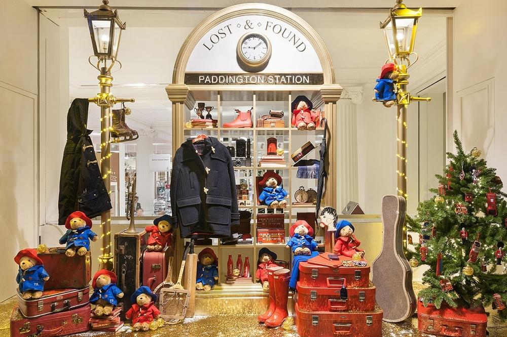 Window Displays, Selfridges, Destination Christmas, Paddington Trail,  Christmas 2014, Props, Sculpts, Retail Design, VM, Visual Merchandise, Gold Taxi Selfridges