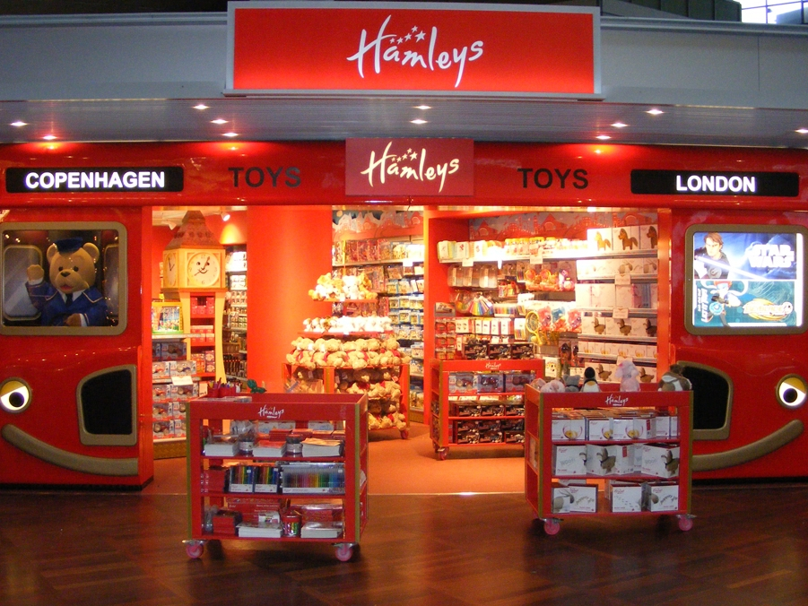 SHOP-FIT HAMLEYS -  COPENHAGEN AIRPORT   Feb 2011