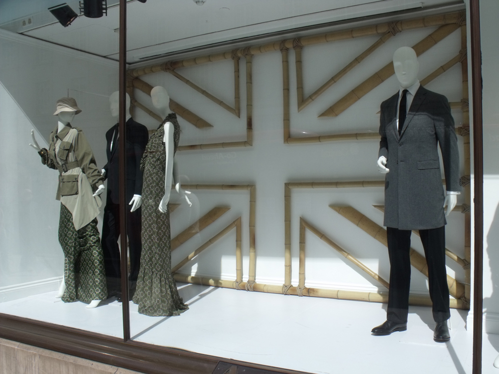 Aquascutum-Regent-Street-Visual-Merchandising-Creative-Production-1.jpg