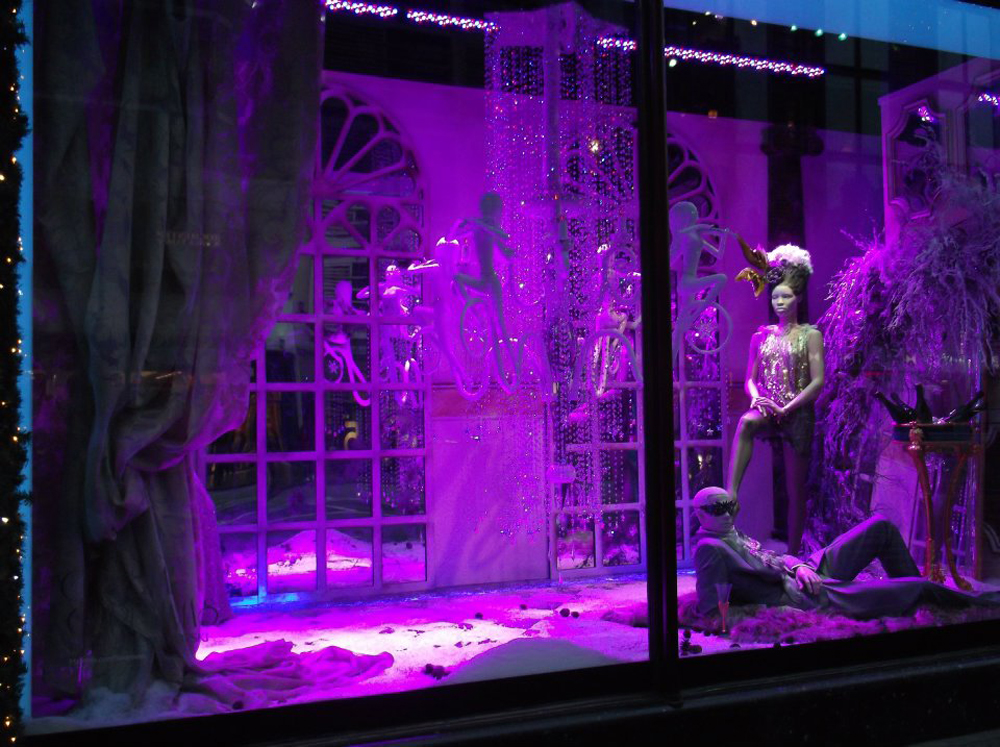 Swarovski-Christmas-Windows-Harrods-Props-&-Sculpts-1