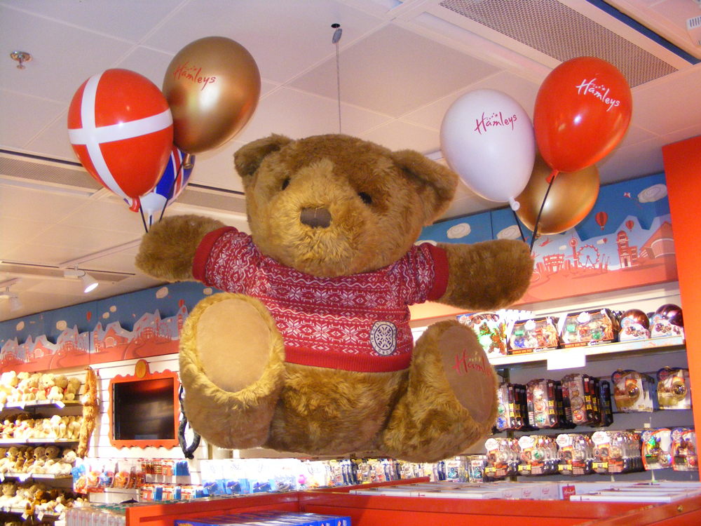 Hamleys-Bear-Hamleys-Copenhagen-Store-Development-3.jpg