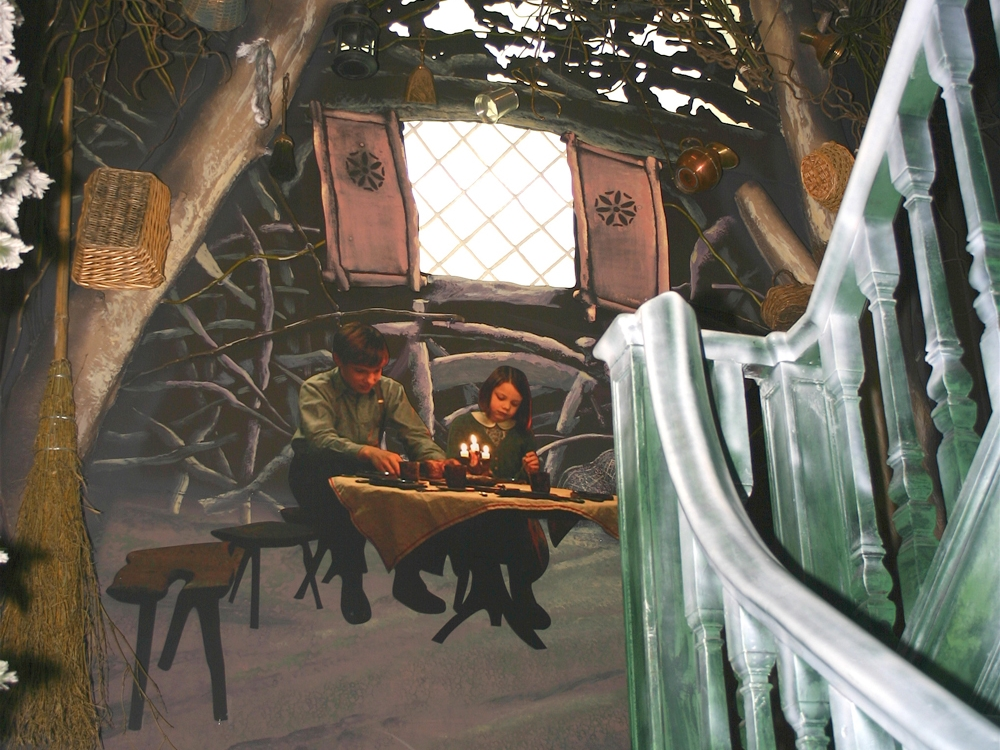 Narnia-Staircase-Hamleys-Visual-Merchandising-Events-&-Promotions