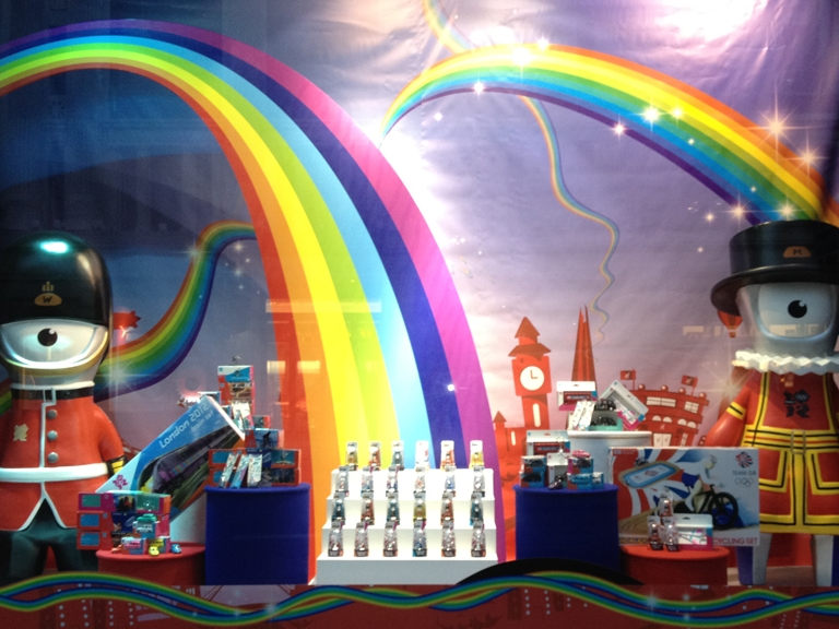 London-Olympics-2012-Hamleys-Visual-Merchandising-Events-&-Promotions-4.jpg